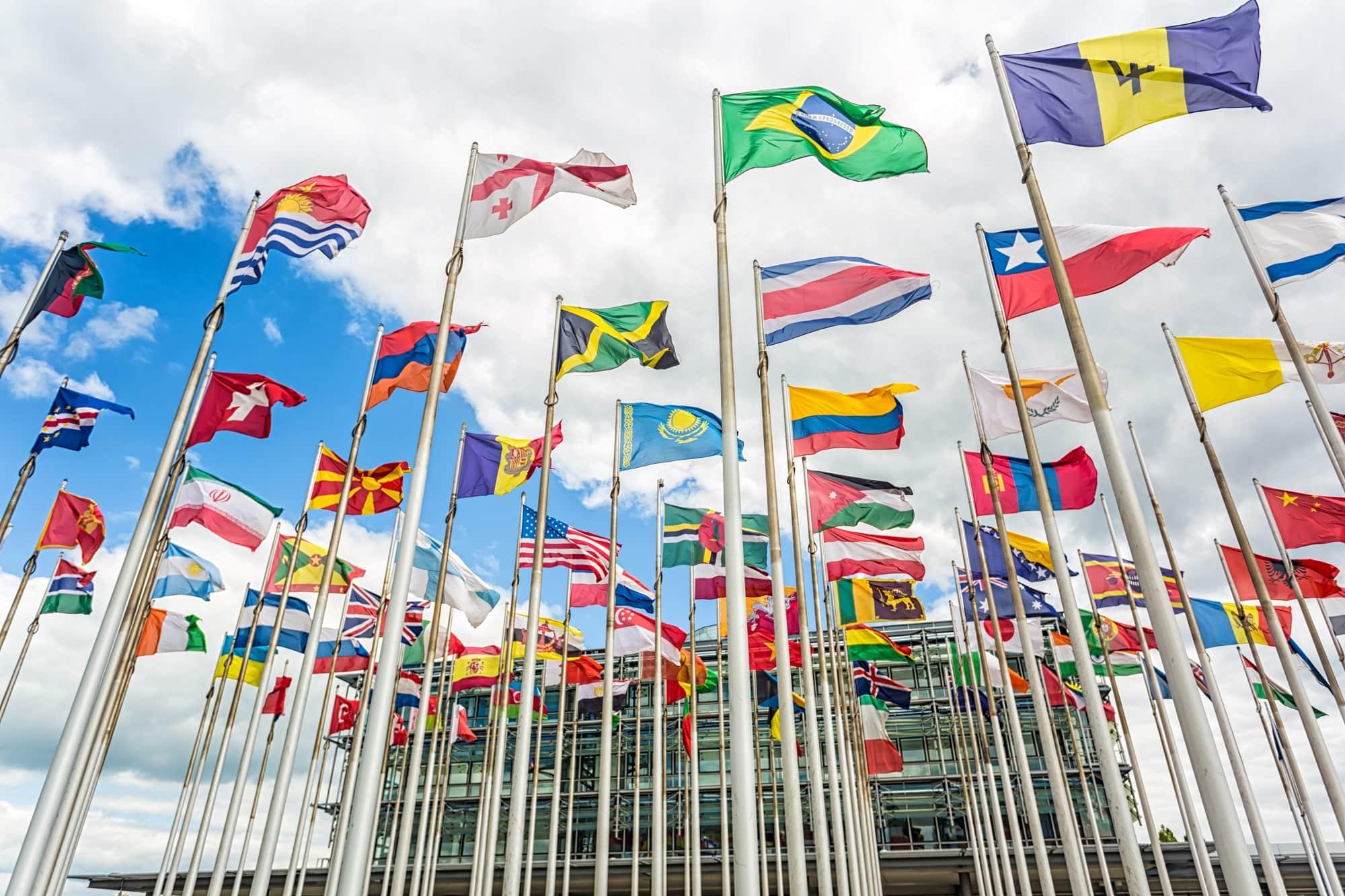 flags-nato-min