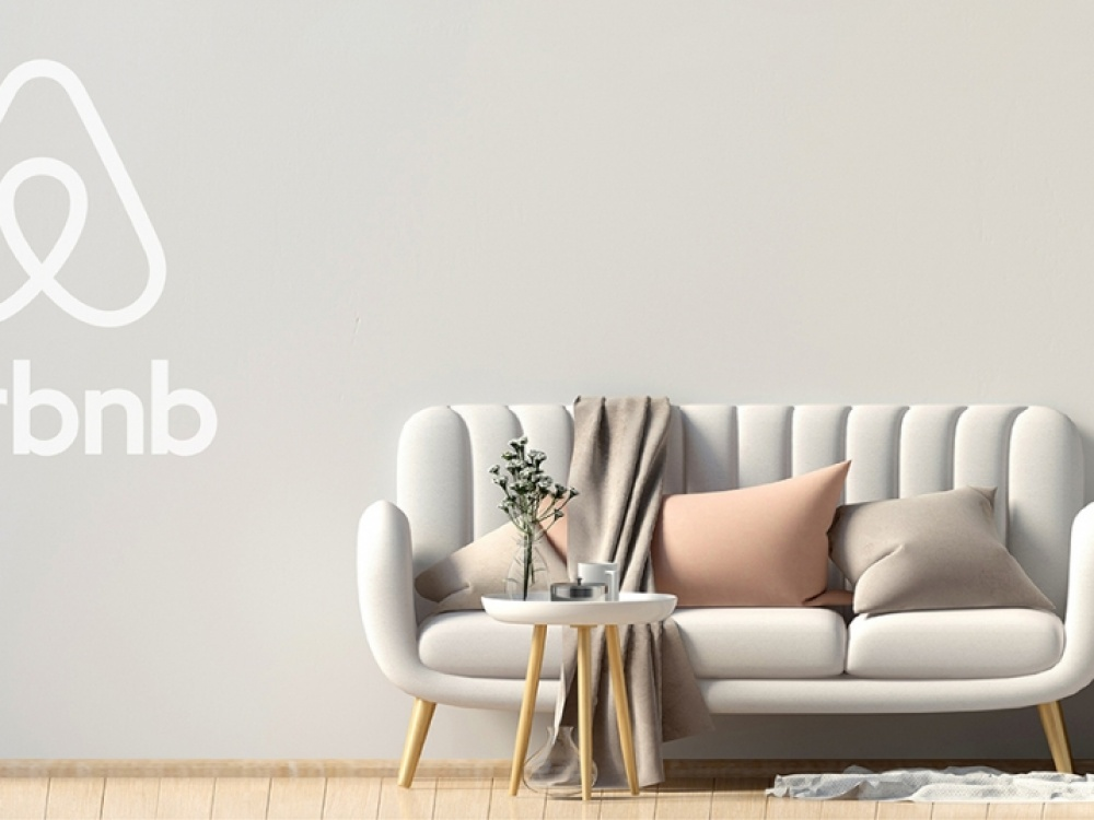 Airbnb Specialist