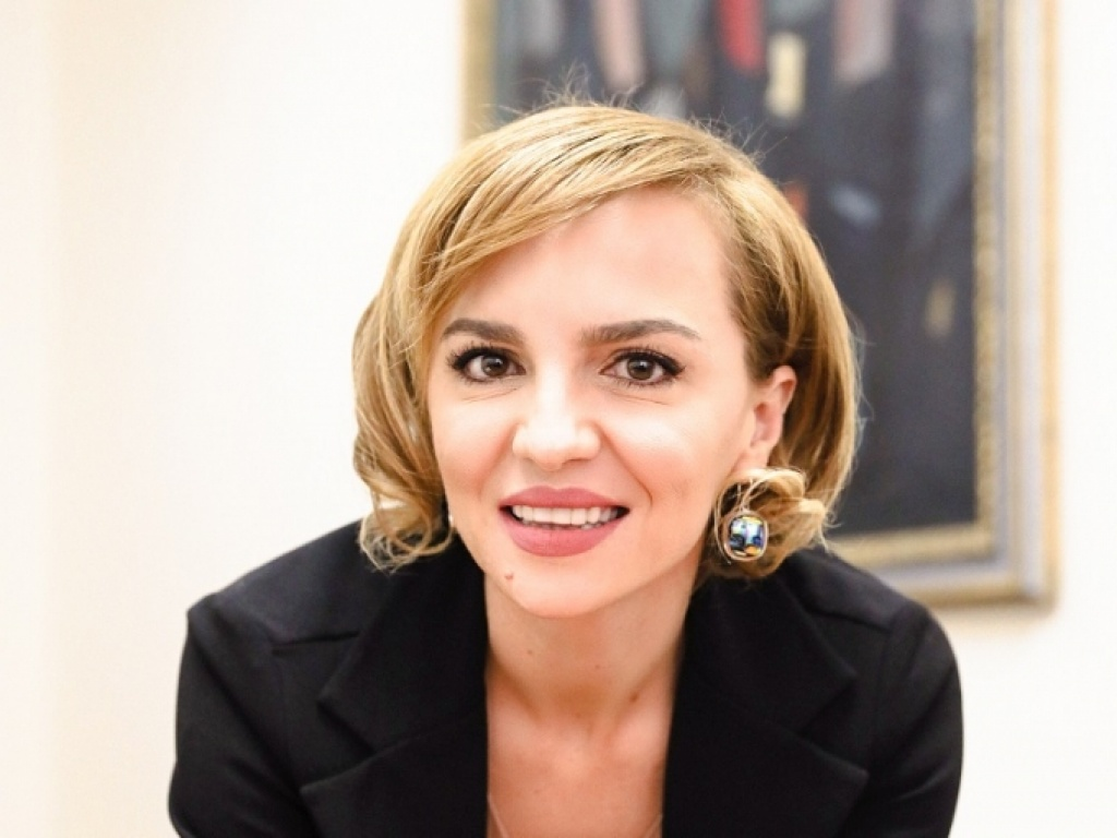 Interview with Ilda Zhulali, ACT '01, Advisor for European Integration of the President of Albania