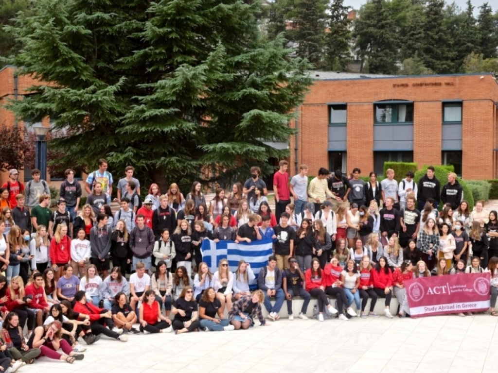 ACT welcomes students back to campus with Spirit Week and celebrates 13 years with the NUin Program